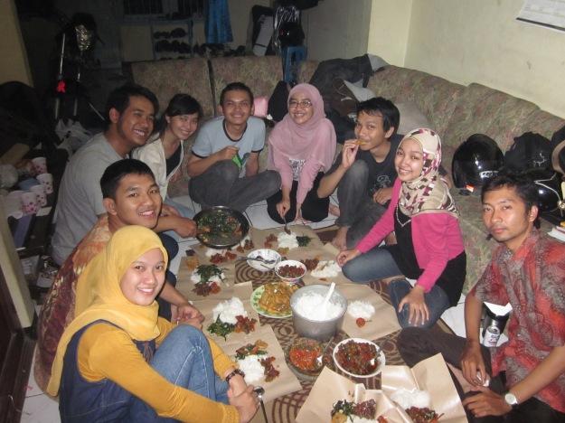 Bandung, Agustus 2011