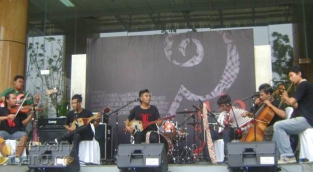 Riau-Rythm-Chambers-Indonesia-pada-acara-penutup-Pekanwak-635x350