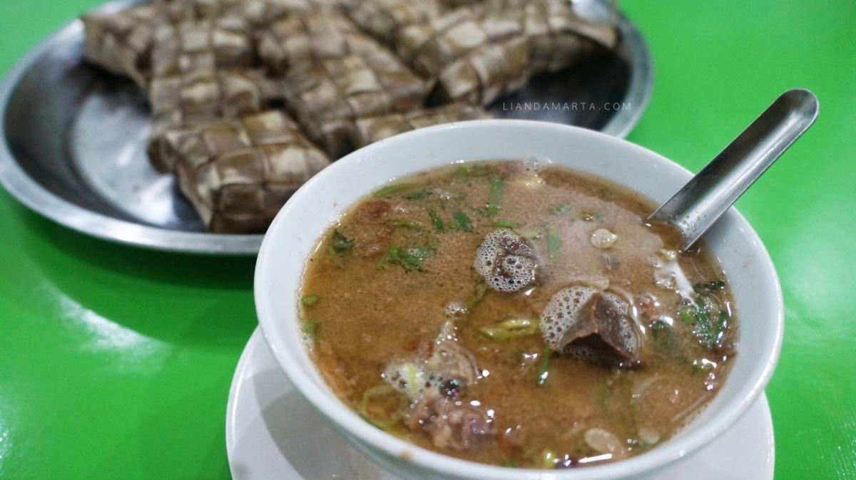 Mencicipi Beragam Kuliner Khas Makassar